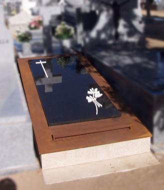 panteon en acero corten y diseño personalizado