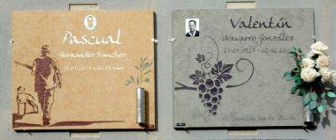 lapidas de diseño sencillo con técnicas clásicas de grabado y pintado, lápidas de precios mas economicos.